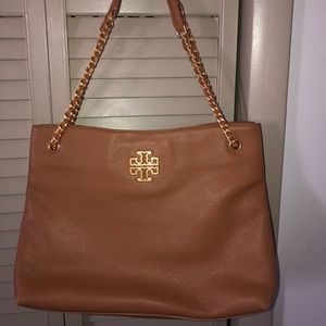 BRAND NEW TORY BURCH HANDBAG